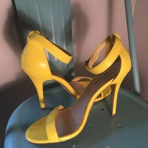 Steve Madden yellow heeled sandals